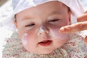 у немовляти алергія що робити
