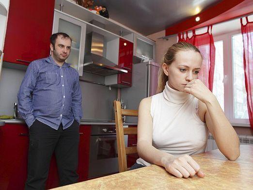 Как выписать из квартиры бывшую жену?