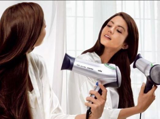 Как выпрямить волосы феном?