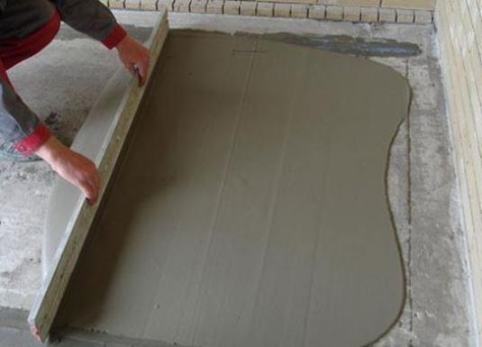 Как выровнять пол под ламинат?