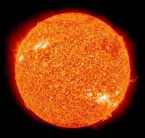Какова же на самом деле температура солнца?