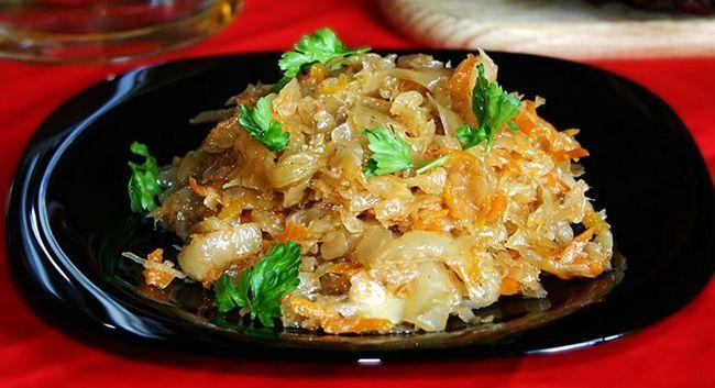 Рецепт приготування страви з овочами і куркою