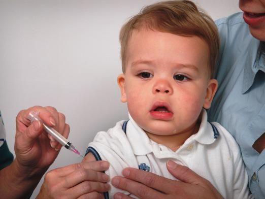 Когда делать прививки ребенку?