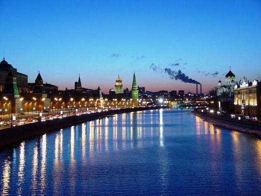 Куди впадає Москва-ріка?