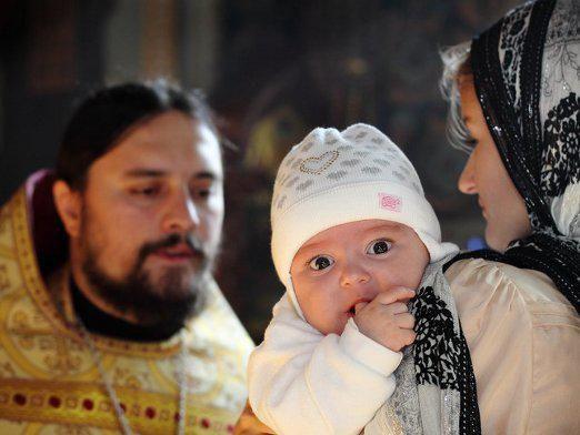 Можно ли крестить без крестного?