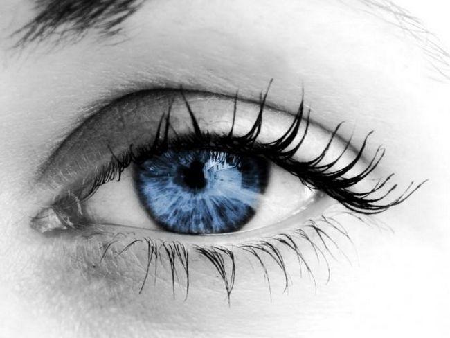 опух очей що робити