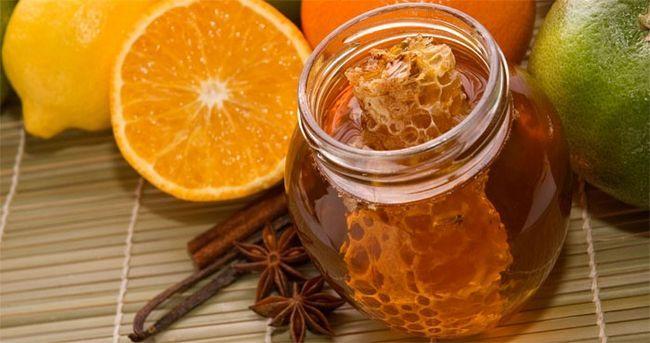 Палички солодкої спеції, лимон для освітлення волосся