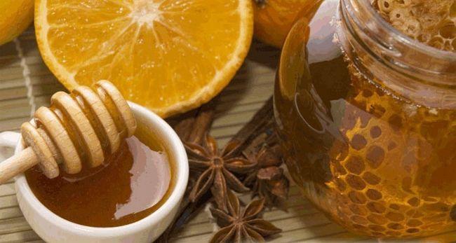 Цинамонові маски з медом для освітлення зачіски