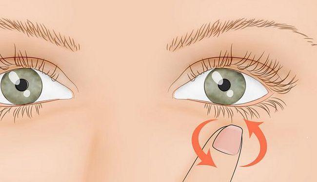 Чому смикається очей лівий що робити
