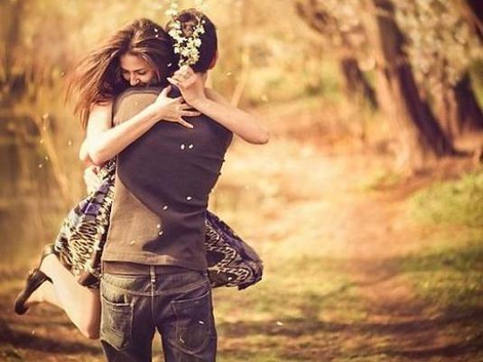 Почему девушки влюбляются?