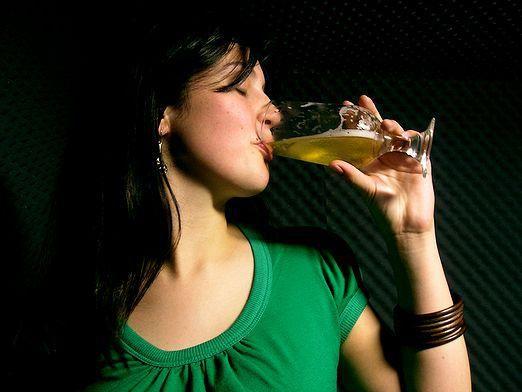 Почему пьют пиво?