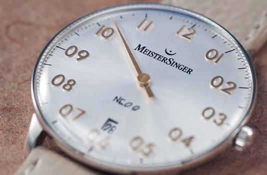 Почему со смертью останавливаются часы?