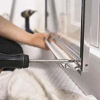 Ремонт піддону душової кабіни
