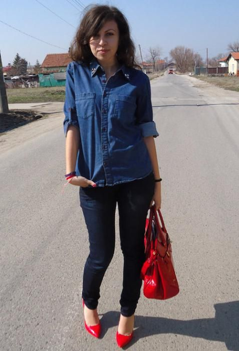 з чим носити джинсову сорочку