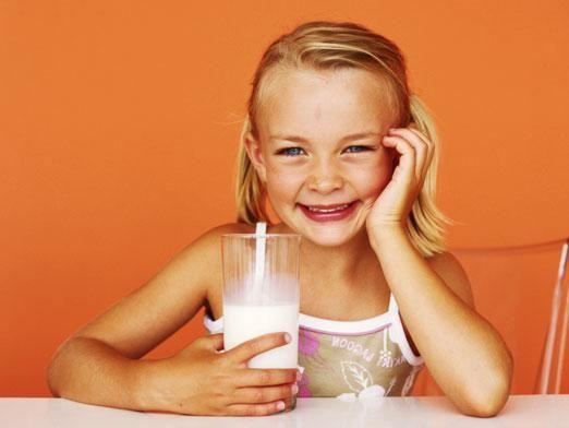 С какого возраста можно молоко?
