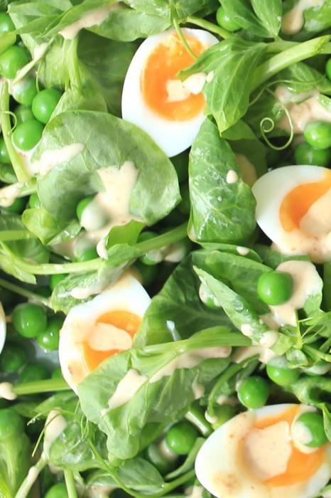 Салат з яєць і огірків