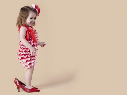 Со скольки можно носить каблуки?