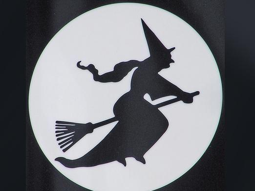 Существуют ли ведьмы?