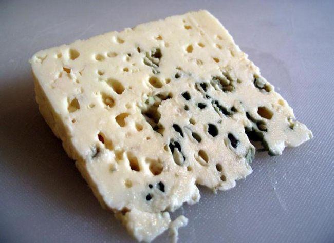 рокфор сир з цвіллю