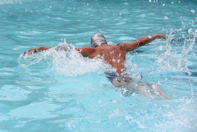 техніка плавання