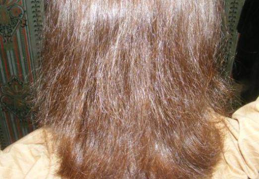 Волосы пушатся: что делать?