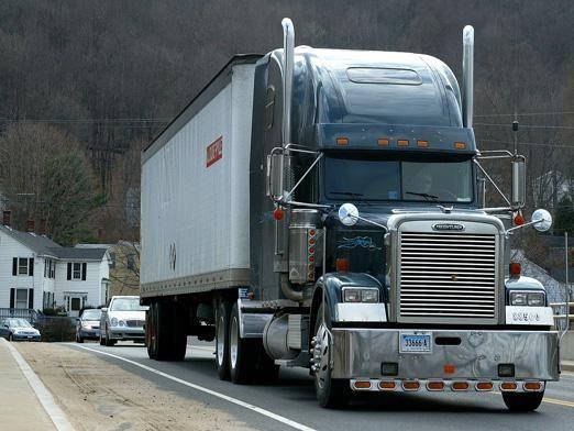 Чи вигідні вантажоперевезення?