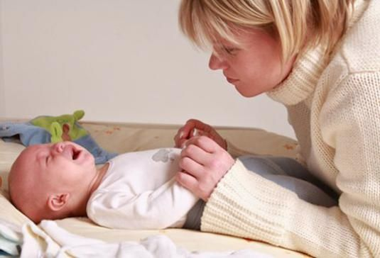 Запор у новорожденного: что делать?